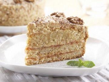 Oříškový dort s krémem