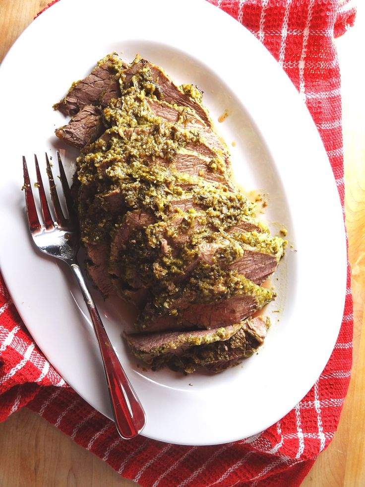 Oven Baked Cross Rib Roast with a Garlic, Thyme & Chive Rub. Click to see how you can make it! The Cheerful Kitchen.