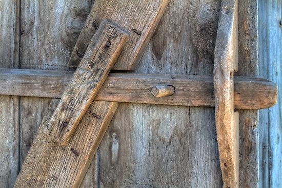 BARN DOOR LATCH by Joe Powell