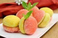 """Peach Pastries With Dulce de Leche Filling – Пирожные """"Персики"""""""