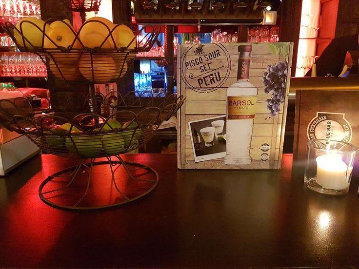 National Getränk aus Peru  Pisco Sauer  #piscosauer #peru #nationaldrink #followus #bluebar #bluebarlimburg #hessen #limburg #bar #barlife #bartender #nightlife #weekend #alcohol #cocktails #drinks #new #newone #barkeeper #bartenderlife #wochenende #friday #fridaynight #freitagabend #barsol #barsolpisco #piscosaur #piscosauer