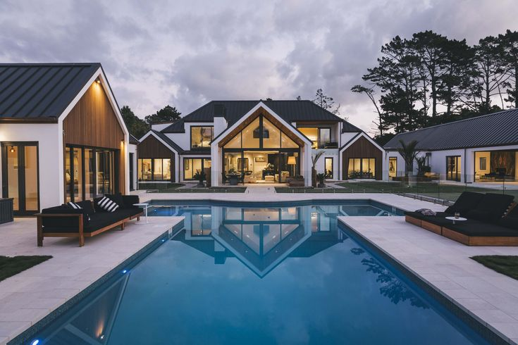 A beautiful house with huge swimming pool - designed by Grant Bindon from Bindon Design Group #ADNZ #architecture #house