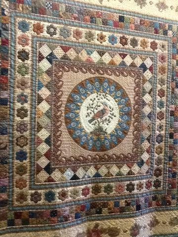 MEDALLION QUILT..........PC