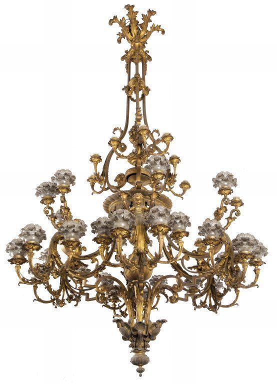 Impressionante lampadario in bronzo dorato a 45 : Lot 32