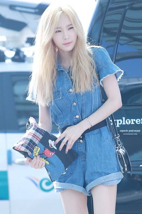 SNSD Taeyeon Airport Fashion | Official Korean Fashion