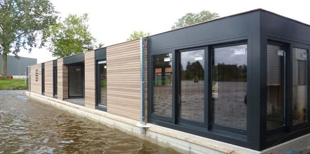 woon boot drijvend huis....I love it....!