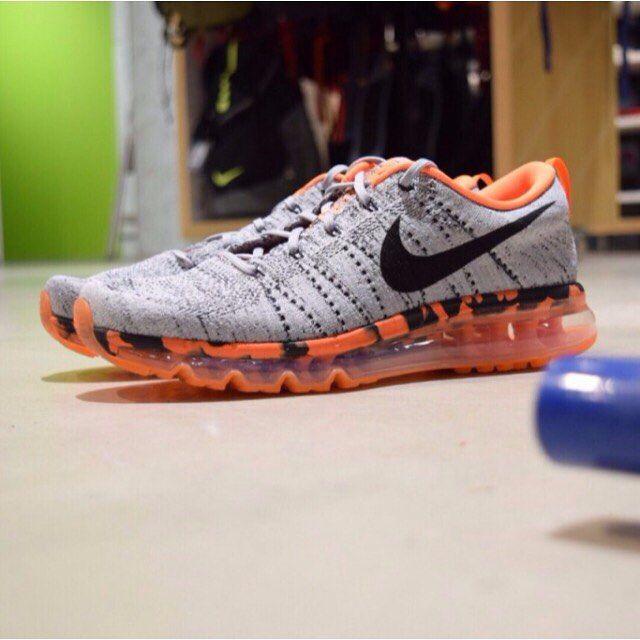 Nike Flyknit Air Max: Grey/Orange