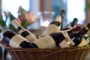 http://www.johanneberg.dk/mad-arrangementer-i-vordingborg/vino/
