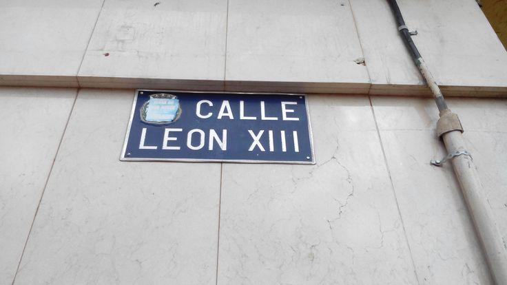 """Es el nombre de una calle de el Algar  """"León XIII"""" es el numero 13. Ismael."""