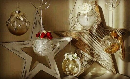 Makeover for old ornaments .... Christmas ornaments