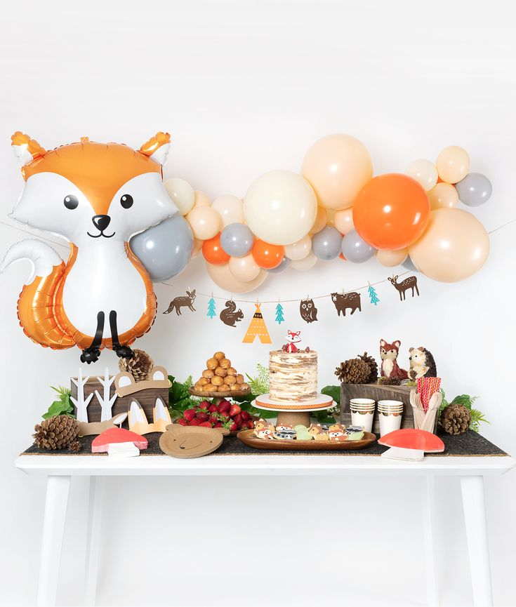 Woodland Party Table Set-up