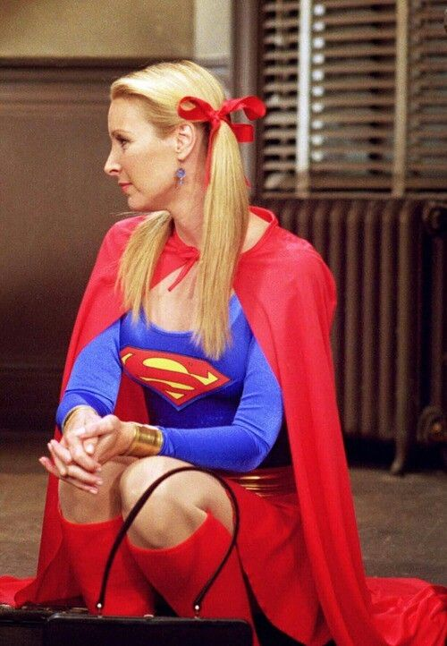 i want this costume just so i can be like Phoebe haha