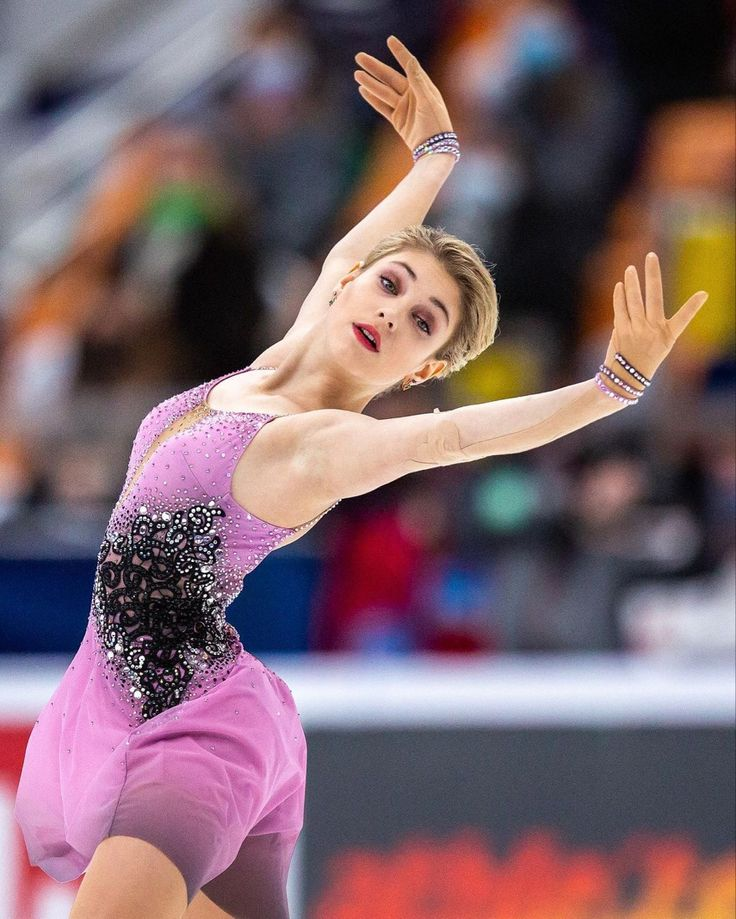 Pin by 🕊 on aliona in 2021 | Figure skater, Figure skating ...