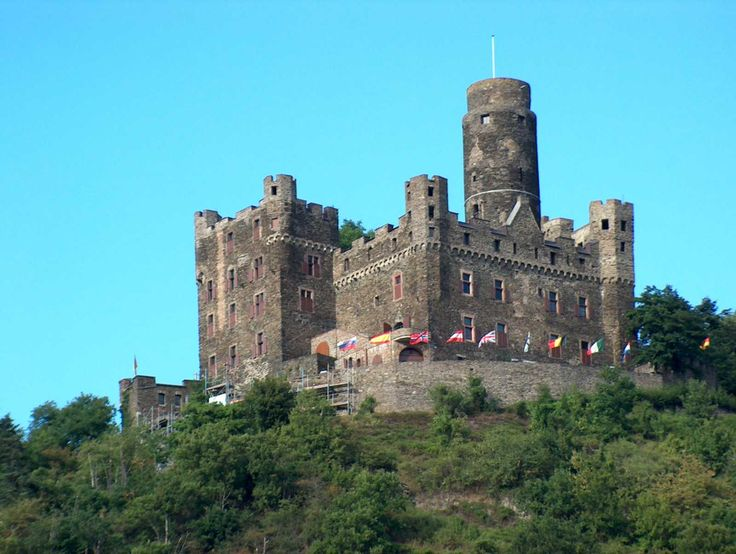 Maus castle (Mouse castle) - Rhine valley - Germany