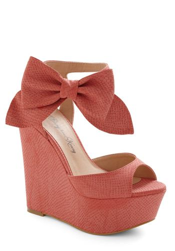 Stylista Strut Wedge: Fashion Shoes, Cute Bows, Cute Wedges, Strut Wedges, Pink Bows, Girls Fashion, Big Bows, Coral Wedges, Retro Vintage