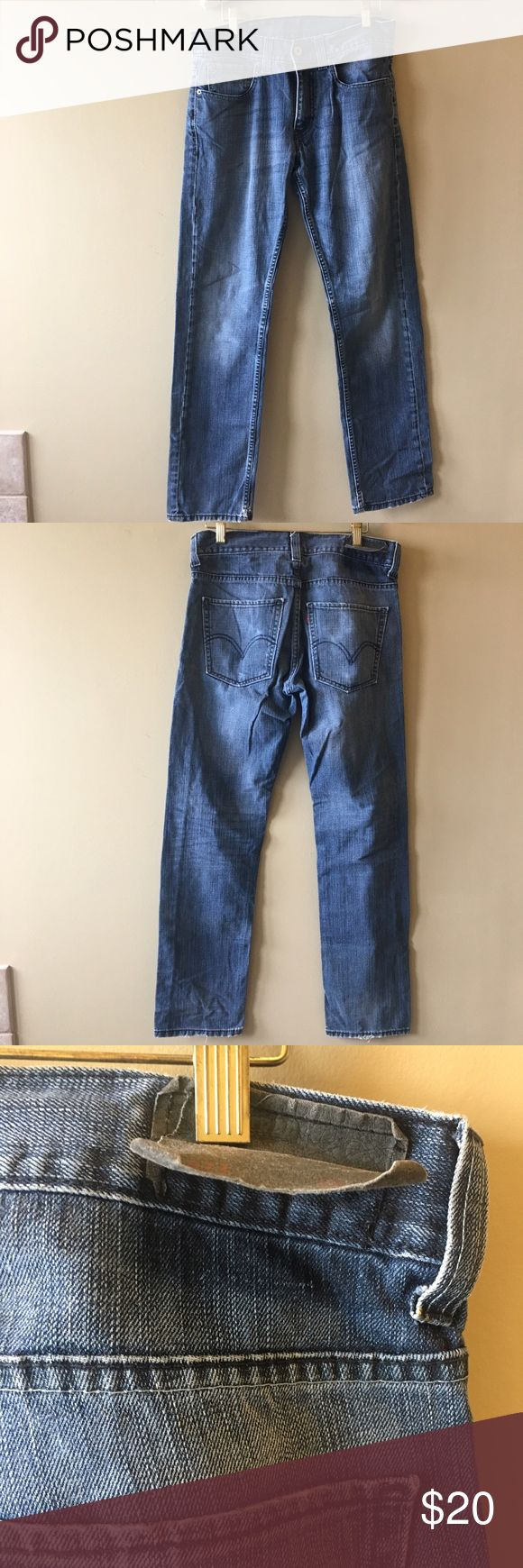 Levi's skinny 511 jeans 32x33 Great condition, some minor wear in the seat. Tag is lifting in the back. Add this to a bundle to save 15%. Levi's Jeans Skinny