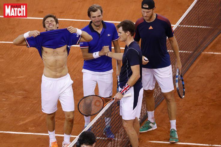 Les Français viennent à bout de la Grande-Bretagne La France a obtenu son ticket pour les demi-finales de la Coupe Davis en battant la Grande-Bretagne 3 à 0 samedi à Rouen.La France s'est qualifié... http://www.parismatch.com/Actu/Sport/Coupe-Davis-Les-Francais-viennent-a-bout-de-la-Grande-Bretagne-1229105