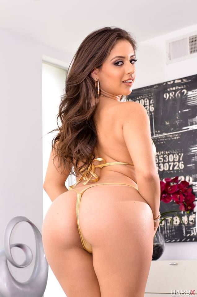xxx milf latina butt beauty