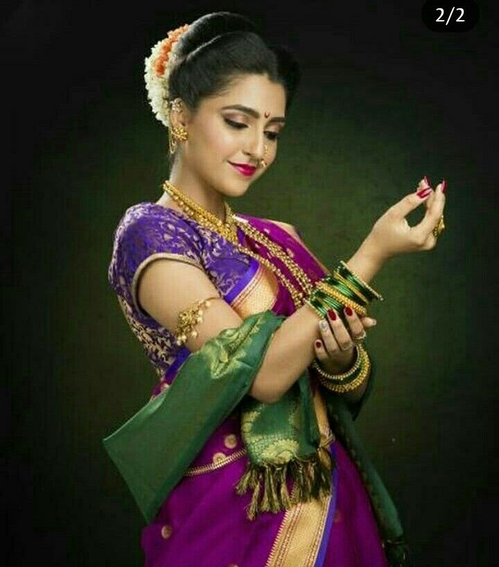 Pin By Artcollector On Marathi Bridal Portrait Poses Indian Wedding Photography Couples Bridal Photography Poses
