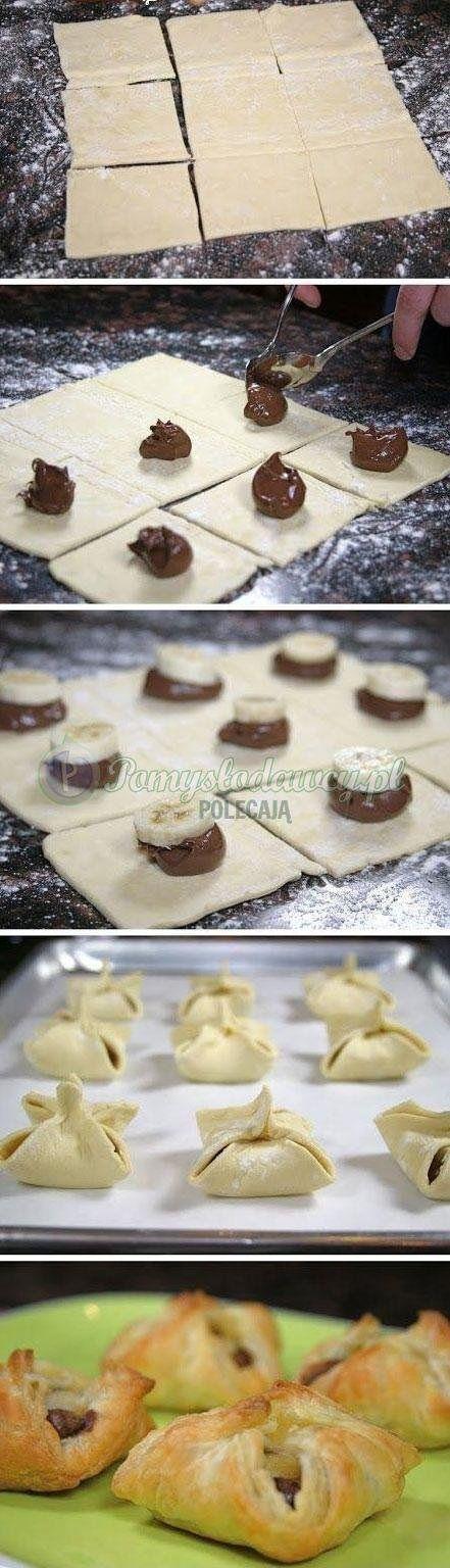 Ciasto francuskie, banany i czekolada