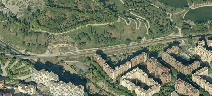 Fotografía aérea de la via Delicias Santa Catalina en el Parque Tierno Galván