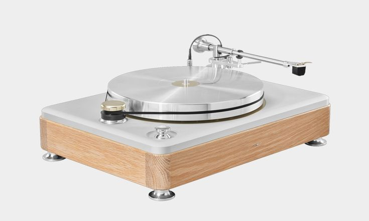 Shinola Runwell Turntable. A thing of beauty!