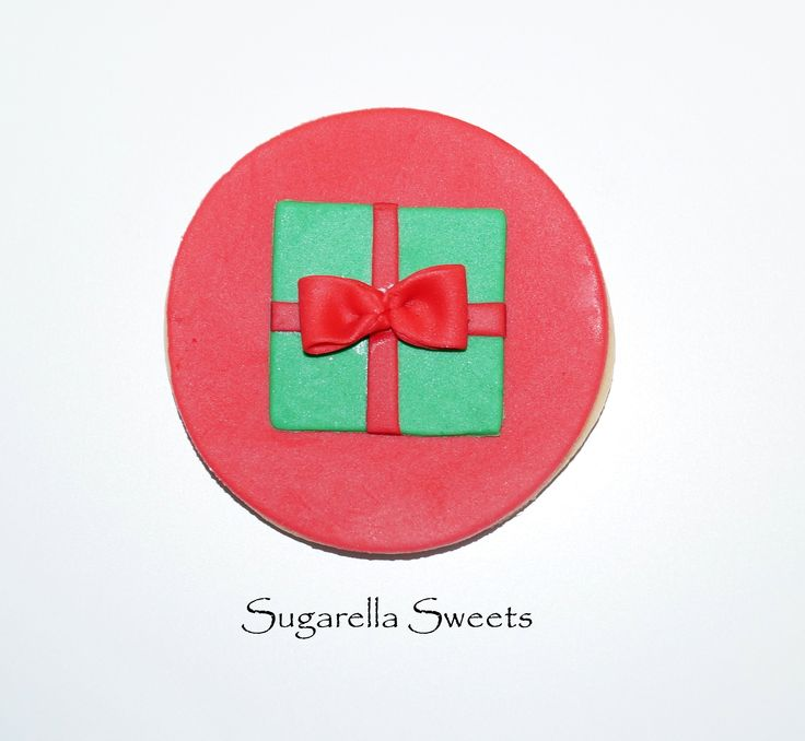Christmas gift cookies perfect for the holidays. For more ideas have a look at www.SugarellaSweets.com