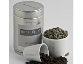 A crop from far-away, coffee evokes exotic lands and gathers them in the ultra-Italian espresso cup. This is Anhelo, an incredible concoction of delicate South American arabica and African/Indian prized robusta beans which are processed in Naples, and roasted to perfection to become pure sips of bliss.
