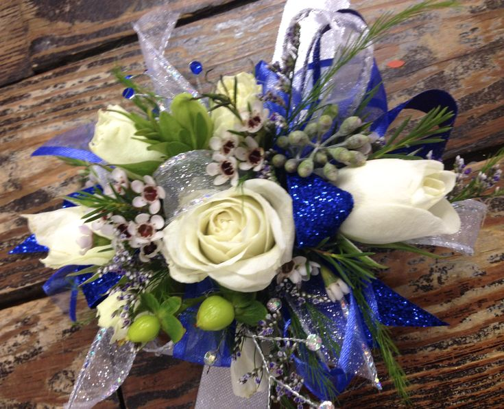 10 best images about Prom corsage on Pinterest | Halo ...