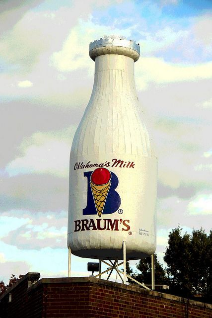 Braum's Giant Milk Bottle.....Oklahoma City Oklahoma