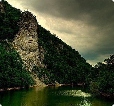 Cazanele Dunarii, Romania