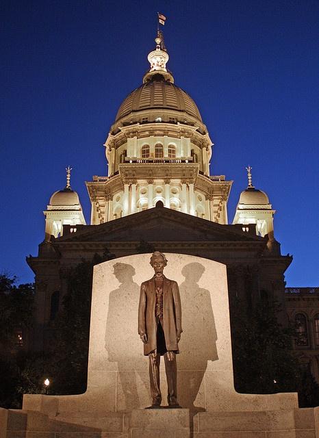 Springfield IL - Illuminated Illinois State Capitol Dome and Lincoln Statue