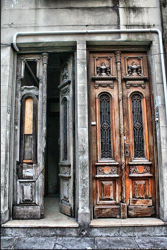 Buenos Aires - design symmetry