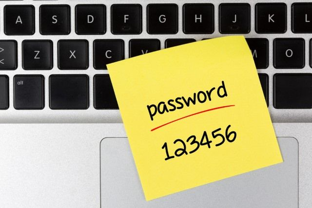 A Google Project Zero hacker has discovered a zero-day vulnerability in the password manager LastPass that could lead to accounts being…