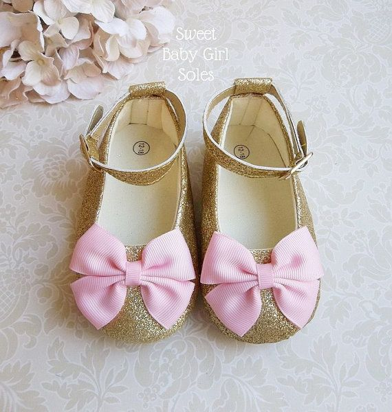 17 Best ideas about Gold Baby Shoes on Pinterest | Gold first ...