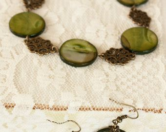 Bronze Tone Rusty Green Shell  Necklace with Matching Earrings