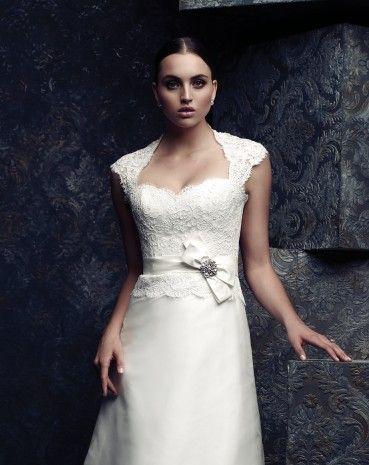 Paloma Blanca, 4065 Silk Size 10 Wedding Dress For Sale | Still White Australia