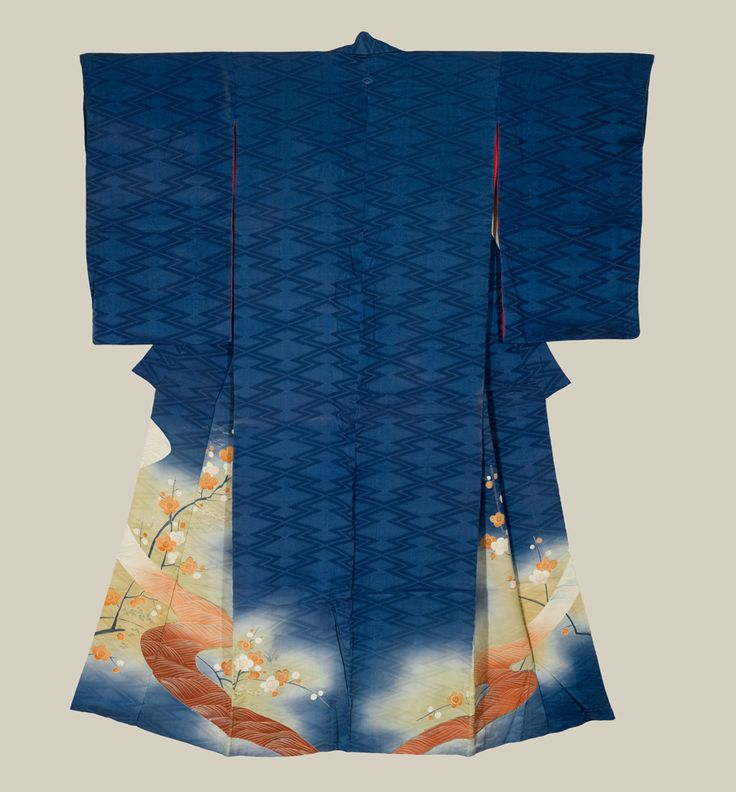 This kimono has a fine blue rinzu (damask) silk base decorated with designs accomplished by yuzen-dyeing, hand-painting, and metallic embroidery 'couching'. Taisho period (1912-1927), Japan. The Kimono Gallery