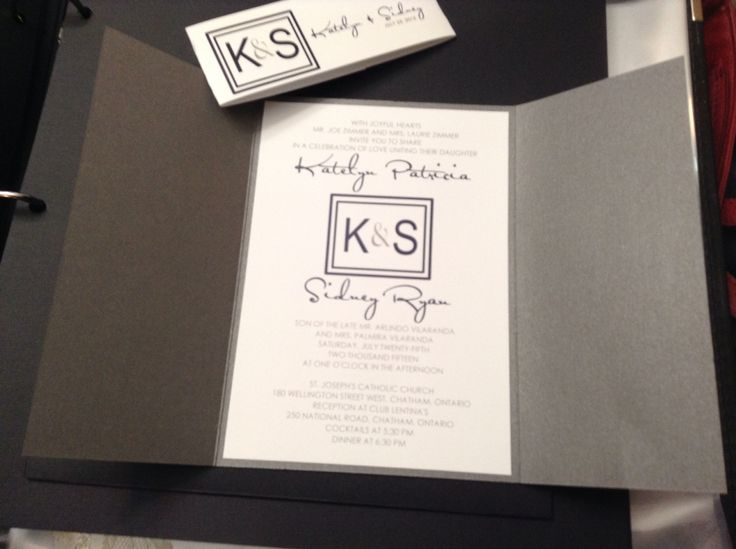 Bifold/booklet style wedding invite - the paper bride - www.thepaperbride.ca