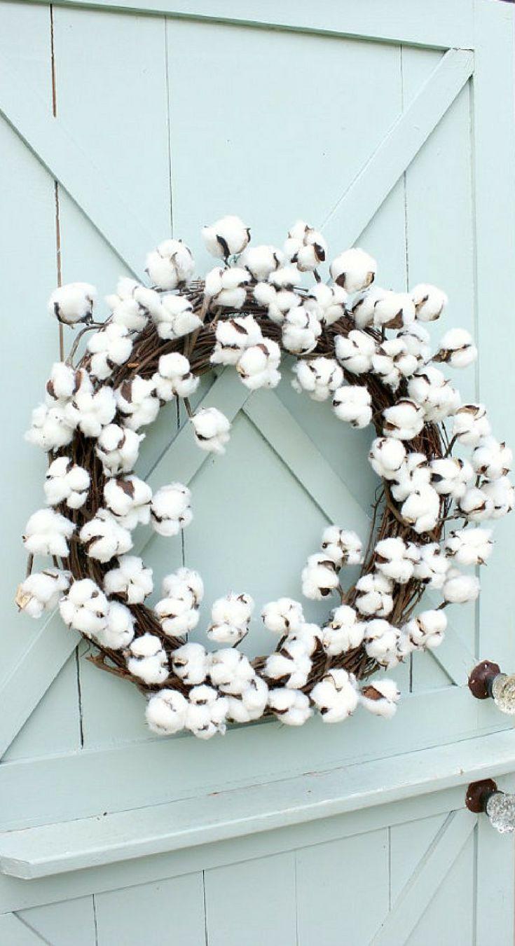 A cotton wreath made with cotton stems attached to a grapevine wreath. Perfect for year round! Cotton Boll Wreath, Modern Farmhouse Decor, Farmhouse Wreath, Door Decor, Rustic Wreath, Rustic decor, Porch decor, home decor, gift idea #ad