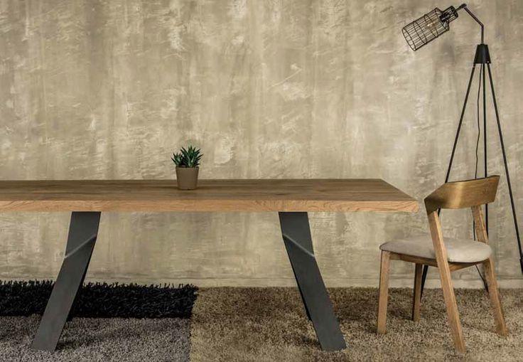 ΤΡΑΠΕΖΑΡΙΑ JOY    Τραπέζι σε ξύλο ρουστίκ δρύς με μεταλλικό πόδι συνδυασμός που συναρπάζει...  Ελληνικής κατασκευής με μεγάλη επιλογή αποχρώσεων του ξύλου και στο μεταλλικό πόδι.  Διαστάσεις 200 cm x 100 cm + 45 cm προέκταση φύλου.      *Παράγεται σε ότι διάσταση επιθυμείτε