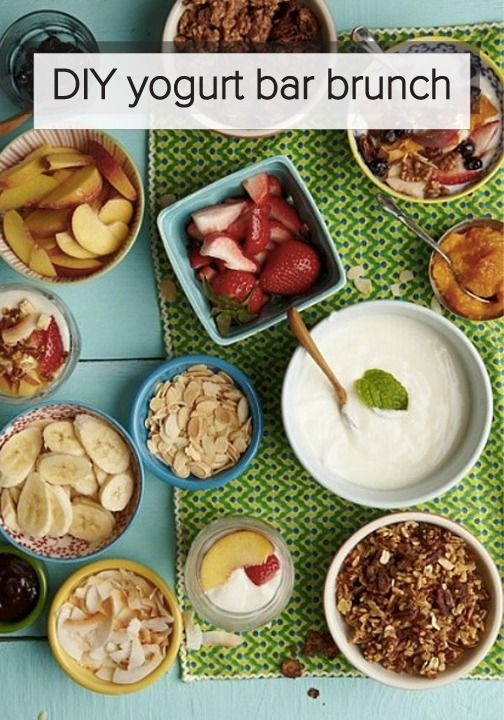 Hosting a brunch this fall? Follow this easy guide to learn how to set up a yogurt bar! Your guests will love this special addition! #AlexiaHolidays