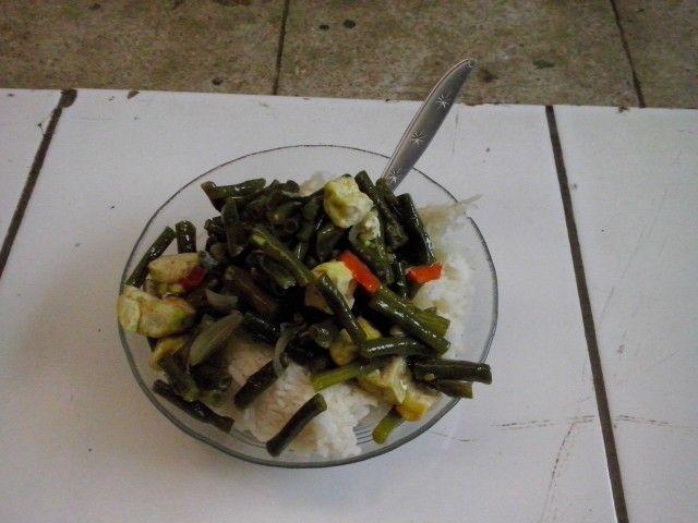 Makanan kosan