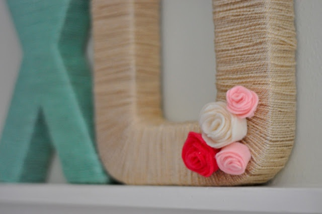 This is a good way to use up old yarn and scraps of the great fabrics.  http://cottonandcurls.blogspot.com/
