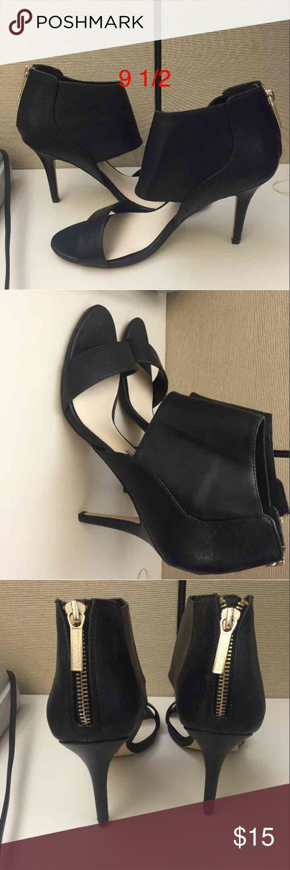 Kardashian kollection black heels 9.5 9 1/2 Very nice , only worn a few times size 9.5. I offer a 20 percent discount when you bundle 2 or more items. Please submit all offers through the offer button. Kardashian Kollection Shoes Heels