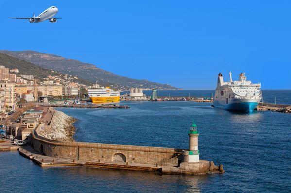 Les transports 2017 sont ouverts ! Que vous décidiez d'aller en Corse en avion, avec une éventuelle location de voiture, ou en ferry, les réservations pour 2017 sont ouvertes ! Profitez-en pour réserver dès maintenant au meilleur tarif proposé en contactant notre équipe de conseiller séjour au 04 95 10 54 30