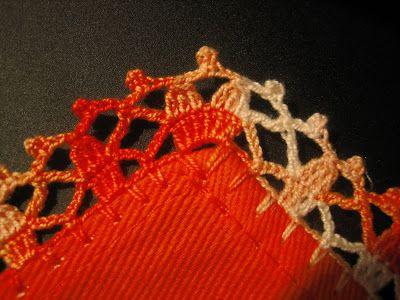 .......... Bicos de Crochet  ..........Nestas últimas duas semanas, como fiquei sem computador, fiz bicos de crochet em duas toalhas de chá...