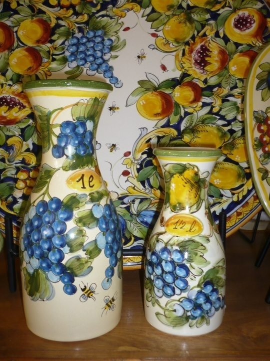 Hand made and hand painted Italian ceramics with fruit and bee pattern can be found at Italian Pottery Outlet.