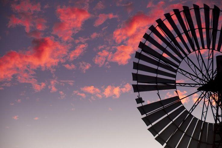 Australian Outback Photo Essay - Windmills