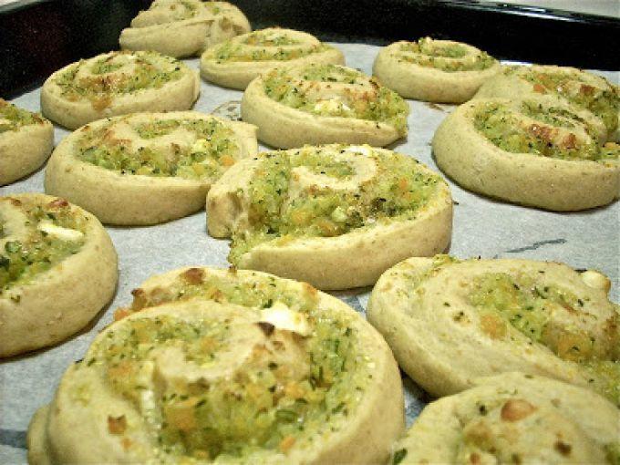 Una ricetta facile e gustosa - Ricetta Antipasto : Girelle integrali di verdura da Mondo Zucchino
